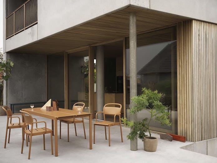 Muuto linear steel outdoor table ls 2