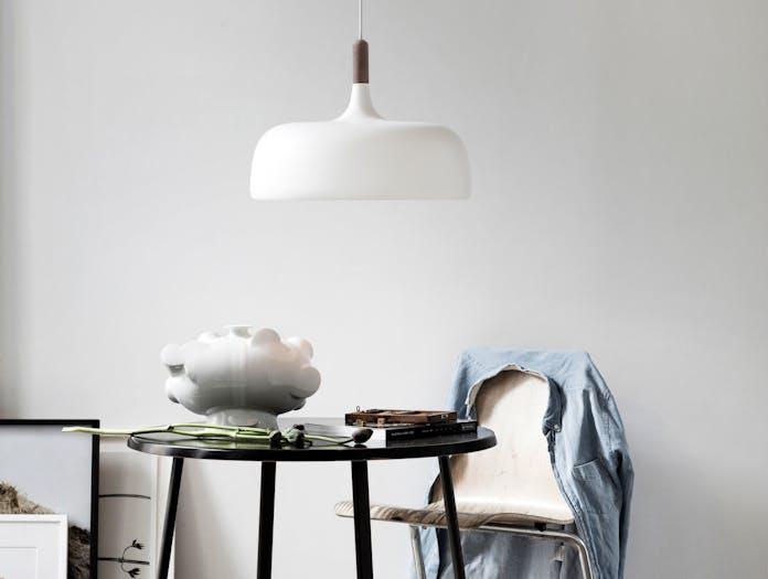 Northern Lighting Acorn White Dark Walnut