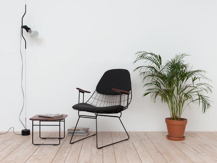 Pastoe Wire Side Table Walnut Fm06 Chair Cees Braakman