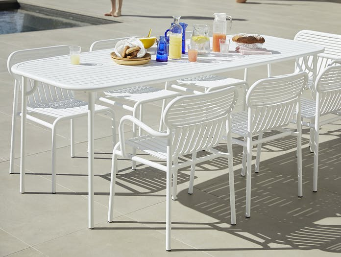 Petite friture weekend chairs table white