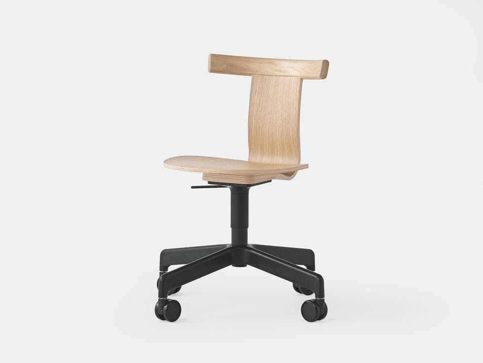 Jiro Chair with castors image