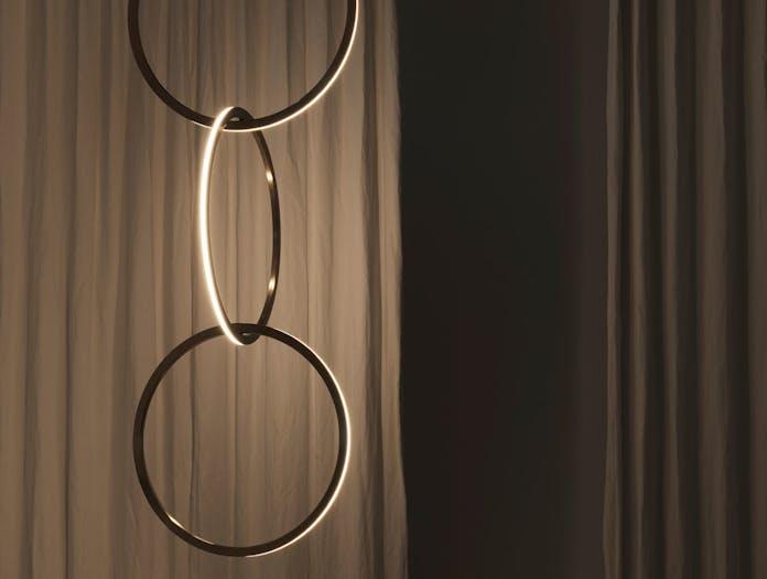 Resident Studio Circus 750 Light Detail