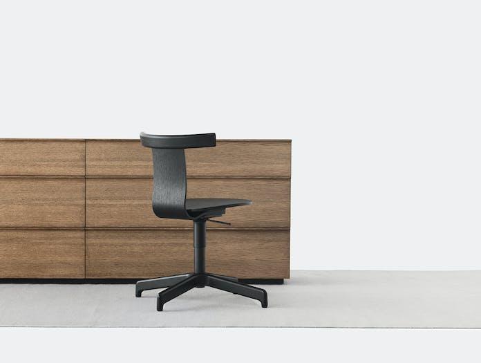Resident jiro chair lifestyle black oak