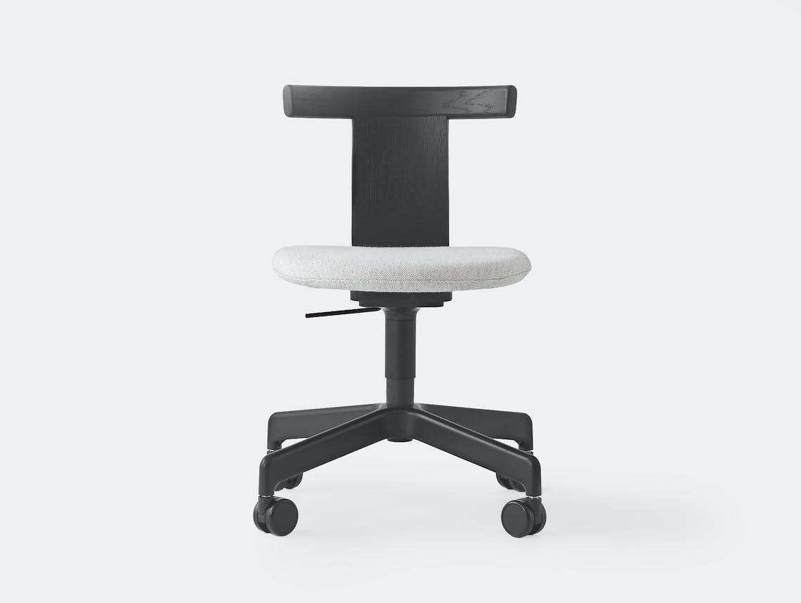 Resident jiro chair w fabric 1 castors