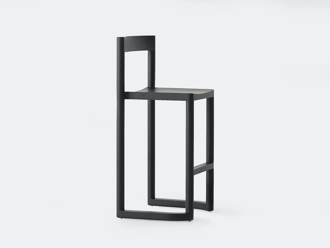 Resident pier bar stool black oak 2