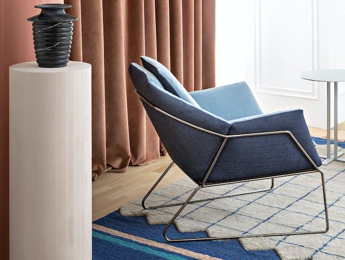 Saba italia new york armchair story 2
