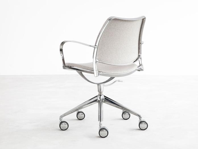Stua Gas Swivel Chair Divina M 120 Back Jesus Gasca