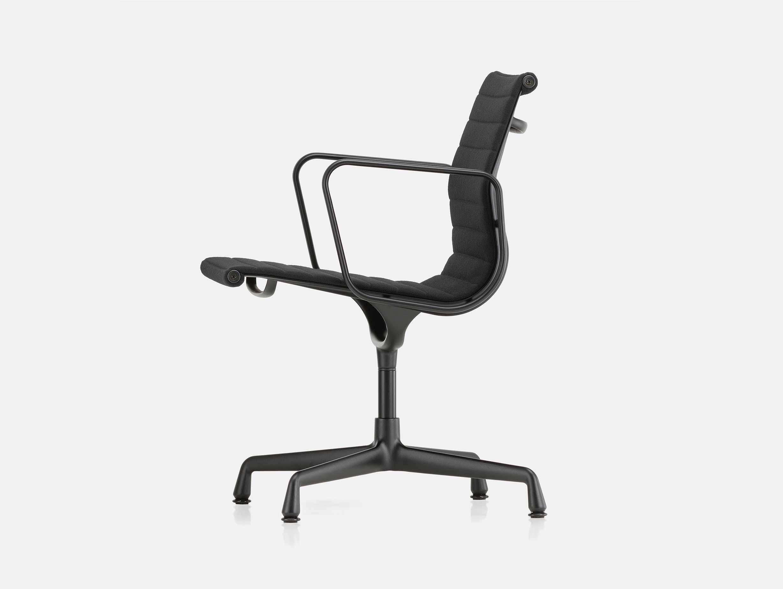 Vitra EA 108 Eames Aluminium Group Chair Nero Blk Side