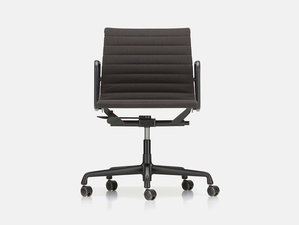 EA117 Eames Aluminium Group Chair image