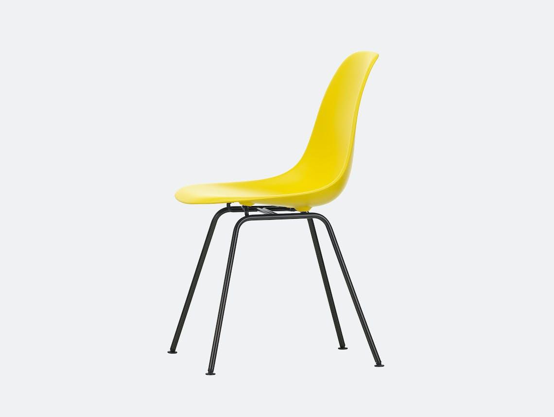 Vitra Eames DSX Plastic Chair 26 sunlight Blk