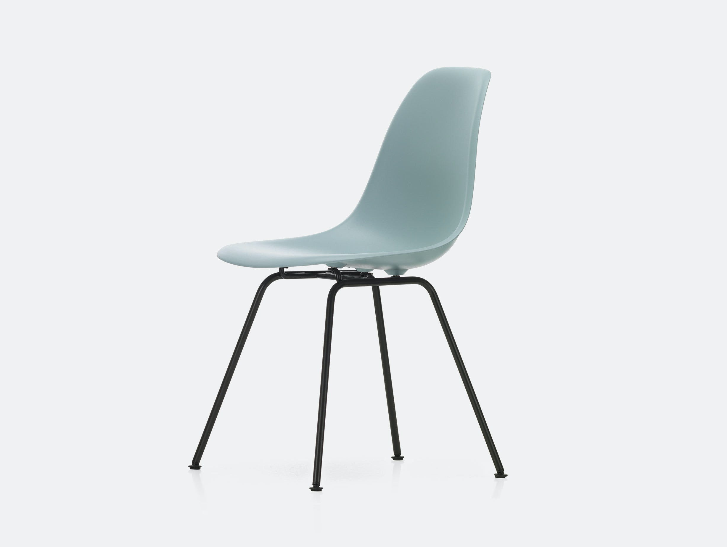 Vitra Eames DSX Plastic Chair Ice Grey Blk