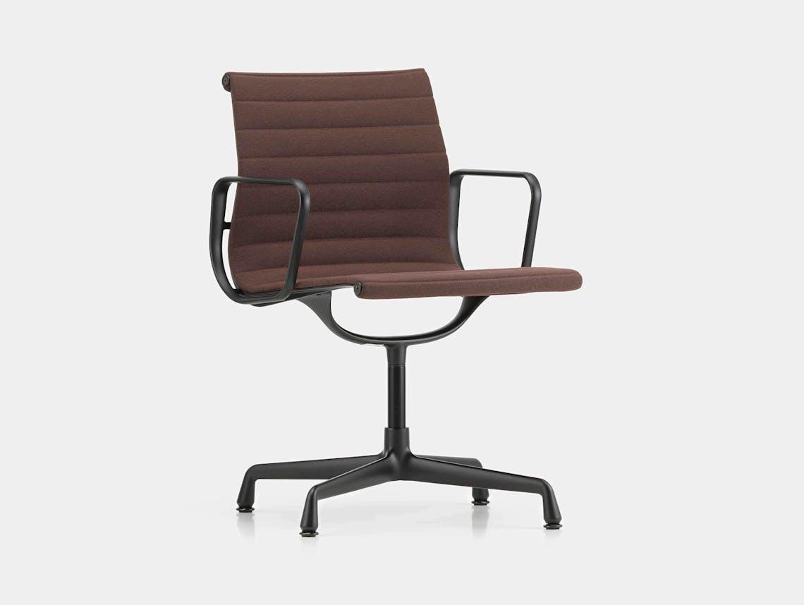 Vitra Eames EA104 Aluminium Group Chair Marron Brown