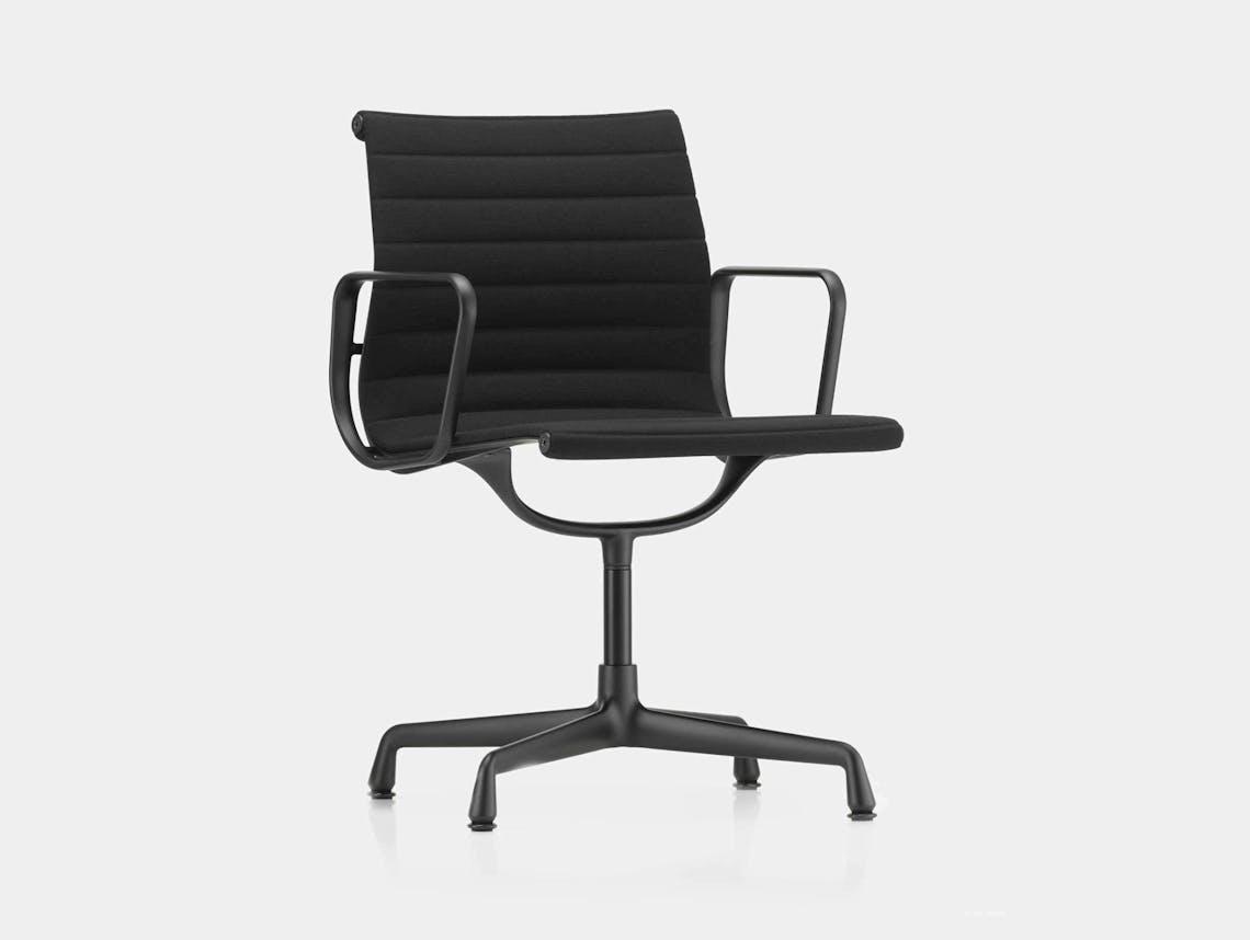 Vitra Eames EA104 Aluminium Group Chair Nero