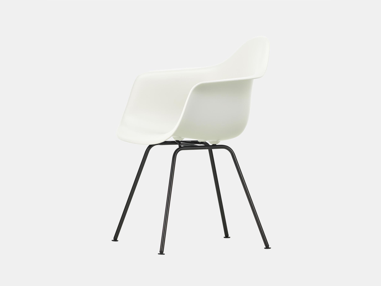 Vitra Eames Plastic Armchair DAX 04 White Blk