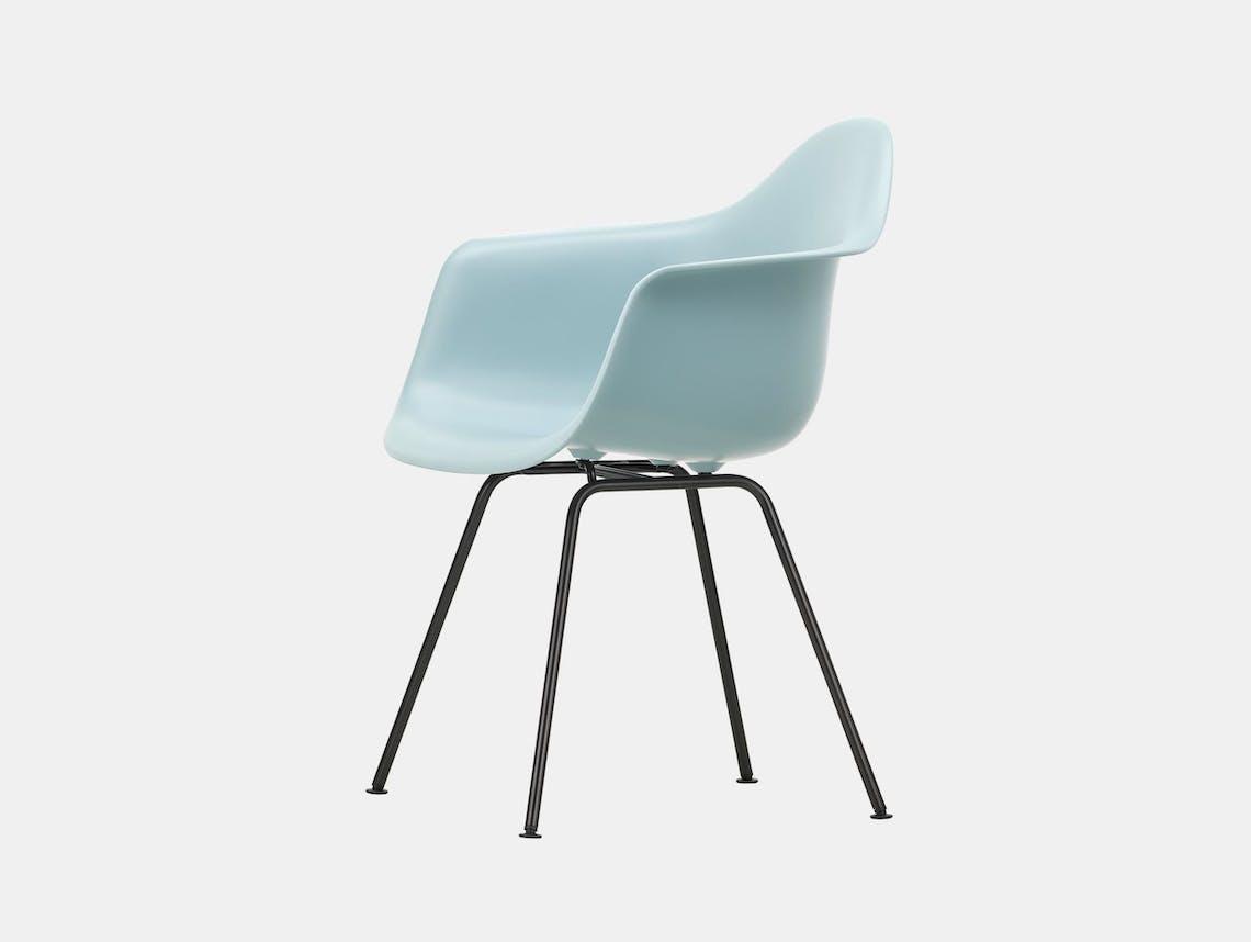 Vitra Eames Plastic Armchair DAX 23 Ice Grey Blk
