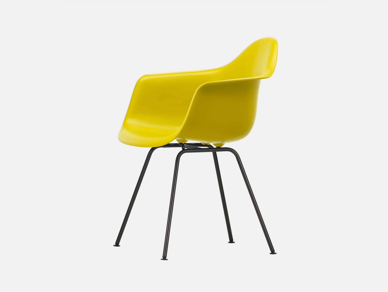 Vitra Eames Plastic Armchair DAX 34 Mustard Blk