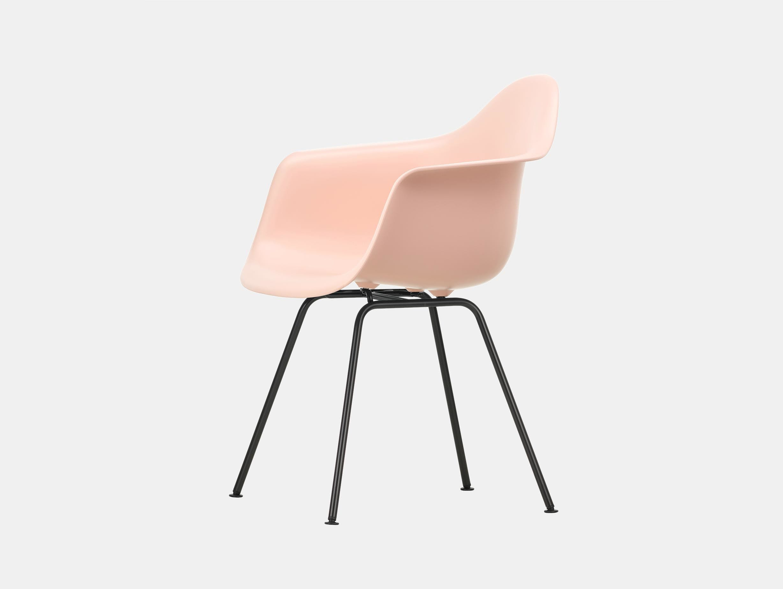 Vitra Eames Plastic Armchair DAX 41 Pale Rose Blk