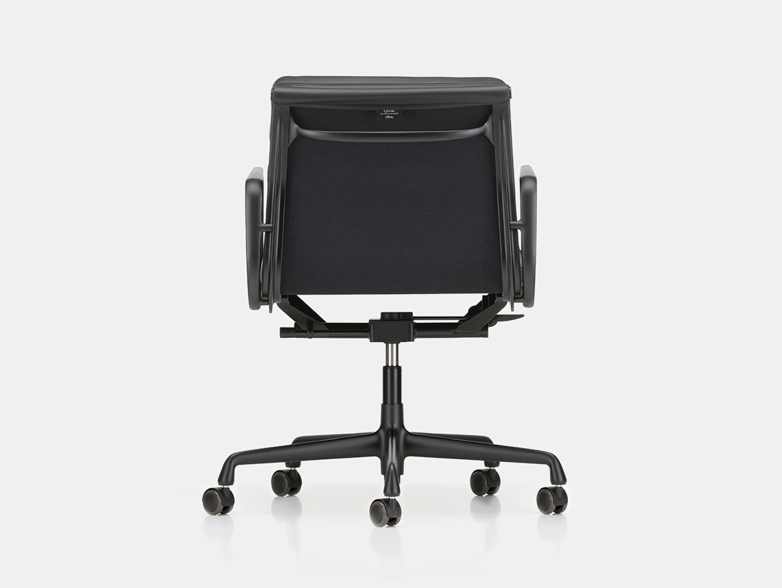 Vitra Soft Pad Group Chair black blk back Charles and Ray Eames