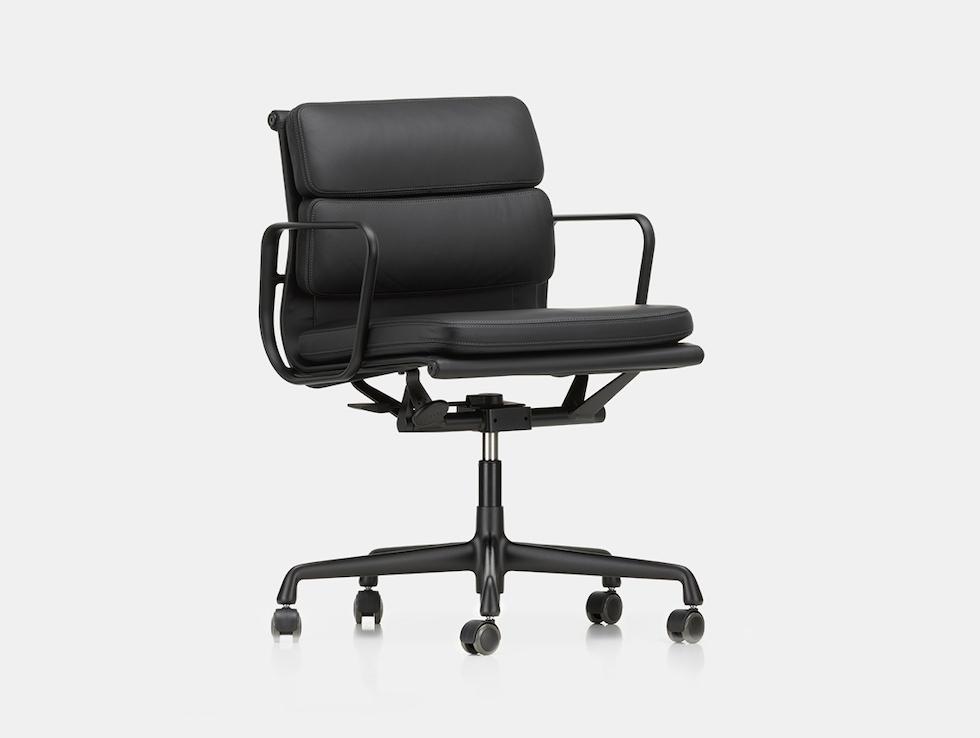EA217 Soft Pad Group Chair image