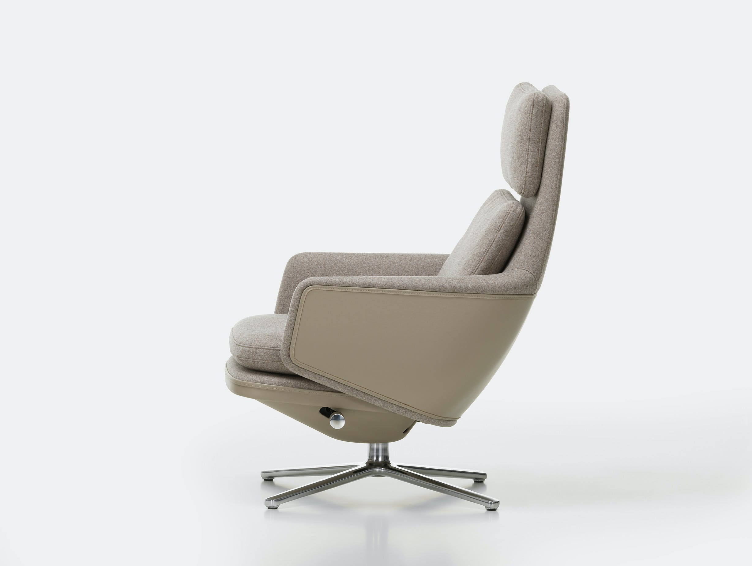 Vitra grand relax armchair side 2