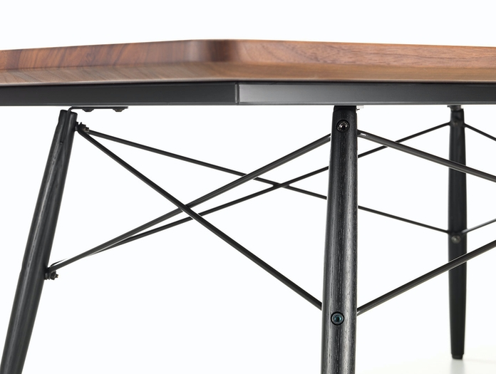 Vitra Eames Coffee Table Walnut Detail Charles And Ray Eames