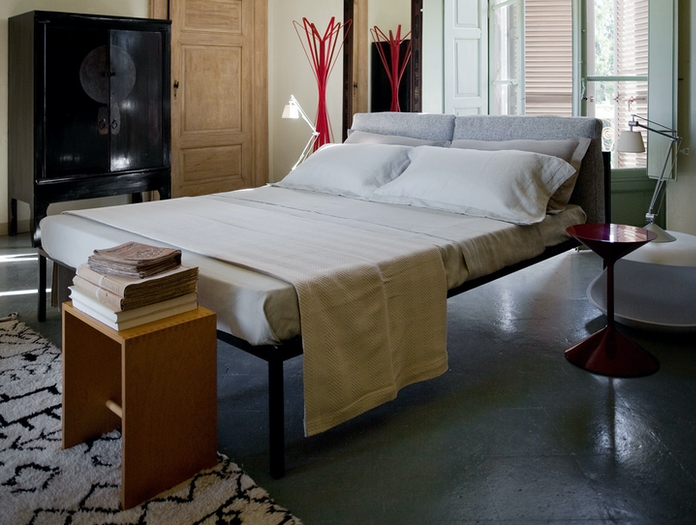 Zanotta Nyx Bed With Cushions 2 Emaf Progetti
