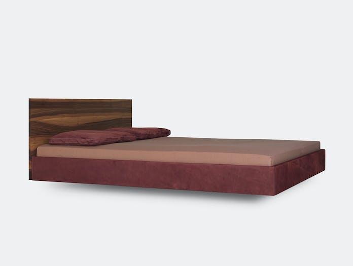 Zeitraum Simple Soft Bed With Walnut Headboard Formstelle