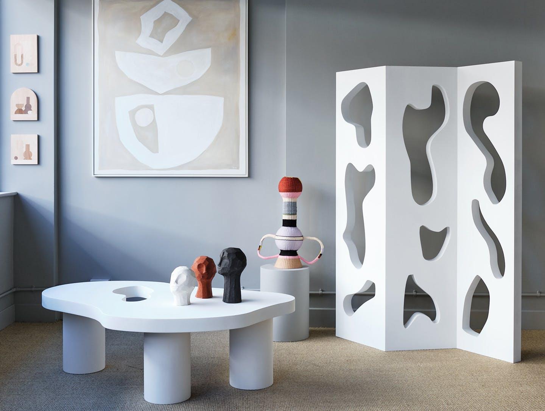 Modern art hire laura fulmine image